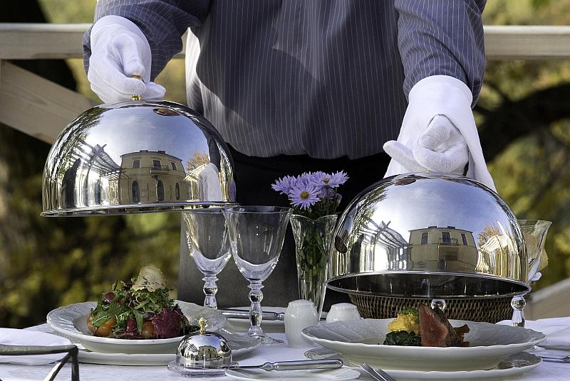 Léto na zámku Mcely pro rodiny s dětmi i romantika ve dvou na pozadí gastronomických zážitků Foto: Chateau Mcely, oficiální zdroj