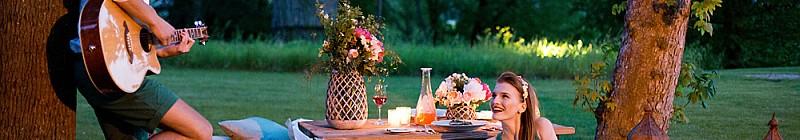 Romantické večery v zámeckém parku Chateau Mcely Foto: Chateau Mcely, oficiální zdroj