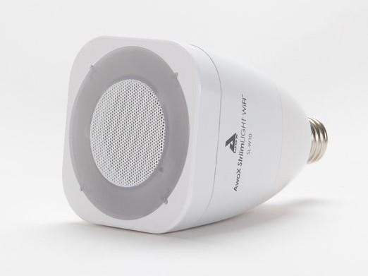Žárovka se zabudovaným reproduktorem Awox Striim Light, oficiální zdroj