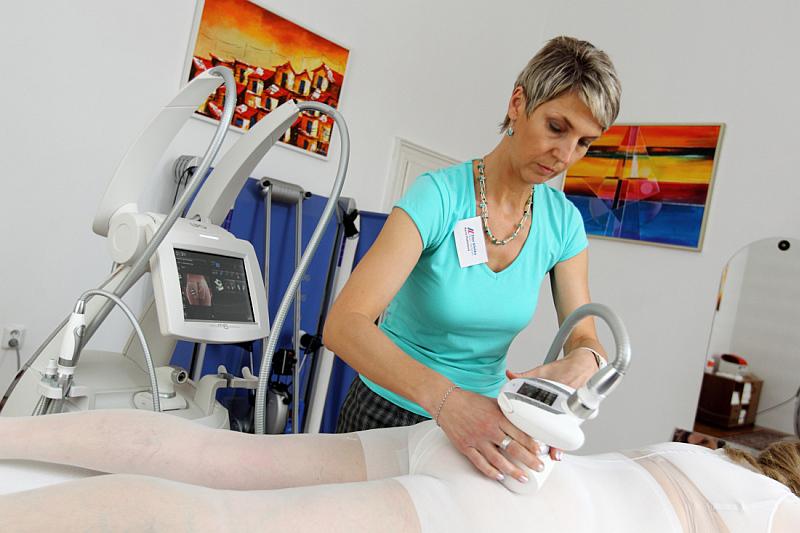 K léčbě na Žilní klinice využívají přístroj z generace Cellu M6 Foto Žilní klinika, oficiální zdroj