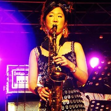 Americká alt saxofonistka, kapelnice a zpěvačka Grace Kelly Foto: Festival swingové hudby, oficiální zdroj