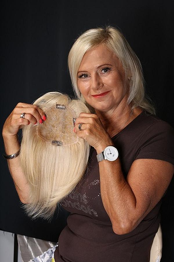 Míša Losová je jednou ze spokojených zákaznic salonu Magdalena Foto: Kloboukfilm, oficiální zdroj