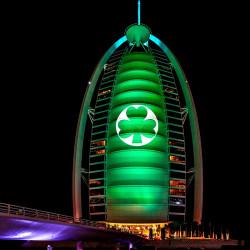 Greening_Burj Al Arab, Dubaj-foto Tourism Ireland