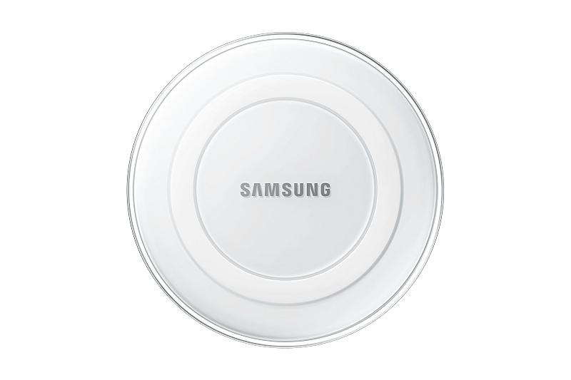 Bezdrátová dobíjecí podložka pro smartphony Samsung Galaxy S6 a S6 edge  Foto: Samsung, oficiální zdroj