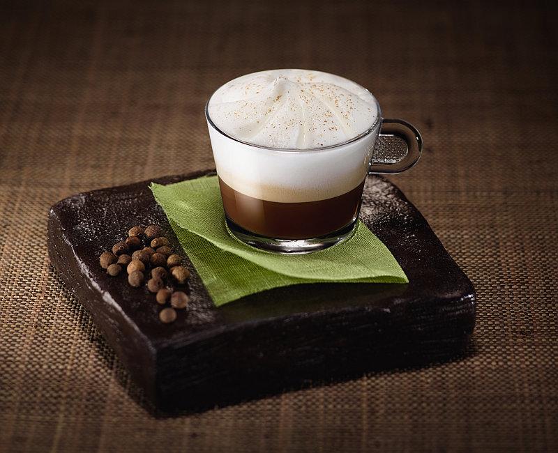 Kávu Perú Secreto mohou obohatit ještě netradiční receptury Foto: Nespresso, oficiální zdroj