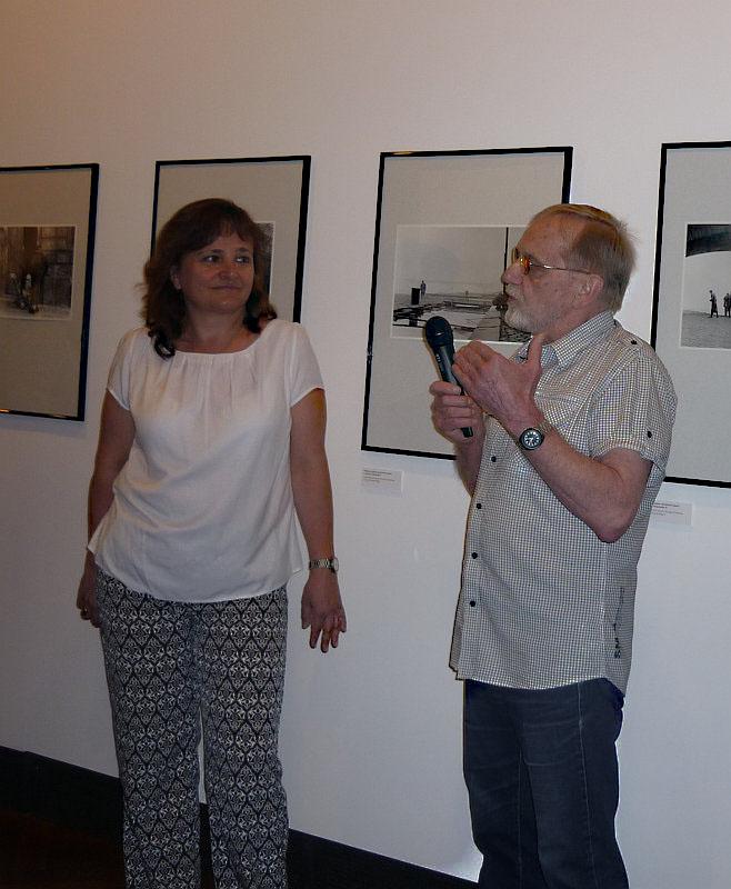 Boris Baromykin s ředitelkou Muzea hlavního města Prahy Zuzanou Strnadovou na tiskové konferenci k zahájení výstavy Foto: e-Newspeak