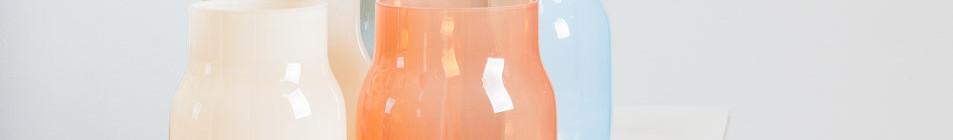 BANDASKY: vázy, cena v Debut Gallery 5 000 Kč za kus Foto: Debut Gallery, oficiální zdroj