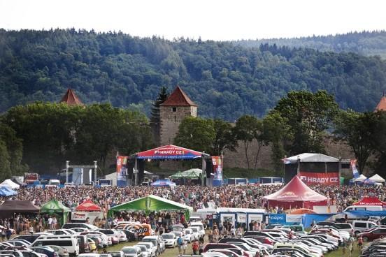 Festival Hrady CZ se přesunul na Moravu, kde se právě usídlil pod hradem Veveří Foto: HRADY CZ, oficiální zdroj