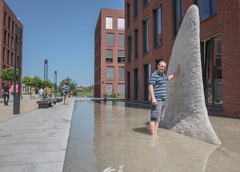 Sculpture Line: Jaroslav Chramosta - Sharkfin Foto: Sculpture Line, oficiální zdroj