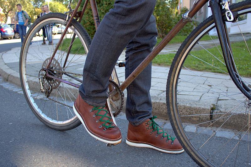 Kolekce obuvi PLAYBOT, model Kotaar Foto:  PLAYBAG, oficiální zdroj