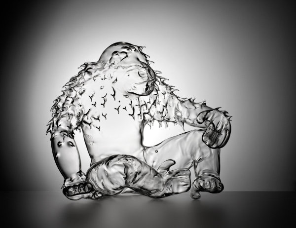 Věra Lišková: Opičák sklo čiré, foukané, nesignováno, výška 37 cm, vyvolávací cena 150 000 Kč Foto: Dorotheum, oficiální zdroj