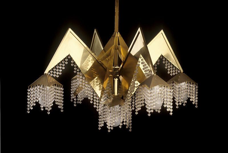 Český kubismus: lustr podle návrhu Josefa Gočára Foto: UPM, oficiální zdroj