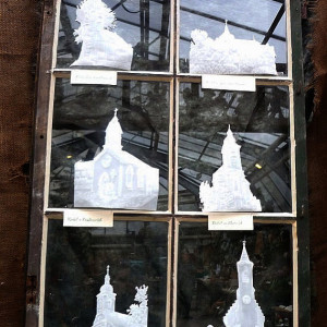 Vánoční výstava - Eva Hájková - Kostelíky z pergamenu