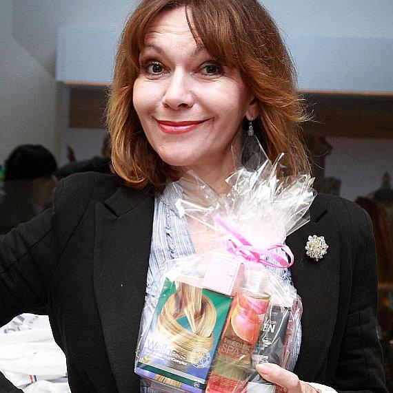 Oriflame: Balíček wellness produktů se rozhodla vyzkoušet i Michaela Dolinová Foto: Kloboukfilm, oficiální zdroj