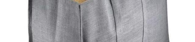 SOLO Maxi taška na dřevo, barva šedá Foto: SOLO, oficiální zdroj