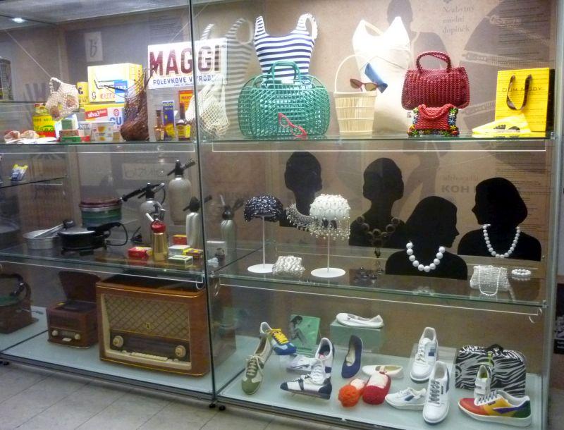 RETRO Národní muzeum:  Spotřební předměty původní i v retro stylu Foto: e-Newspeak