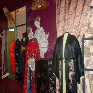 NM_Oděvy Čína