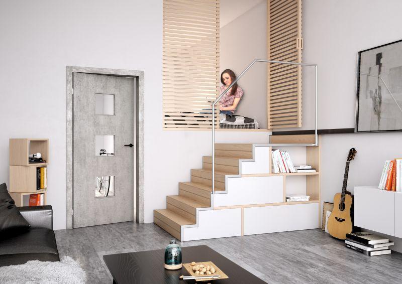 Dveře SAPELI DOMINO 63, Sapdecor beton timber, reverzní otevírání, zárubeň Obtus, Foto: SAPELI, oficiální zdroj