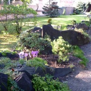 Skalničky_pohled na zahradu