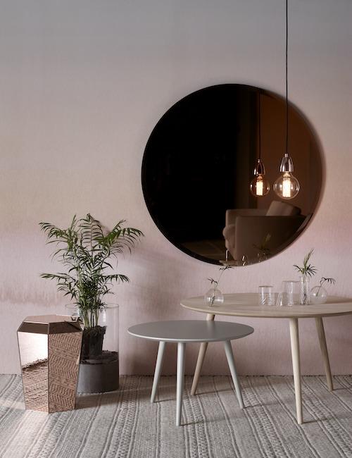 BoConcept: Zrcadlo a stolek Diamond Foto: BoConcept, oficiální zdroj