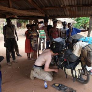Magnusek_Údržba v Nigérii