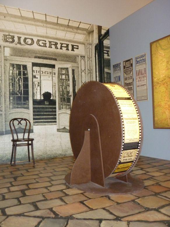 Výstava Pražské biografy / Pomíjivé kouzlo potemnělých sálů  Foto: e-Newspeak