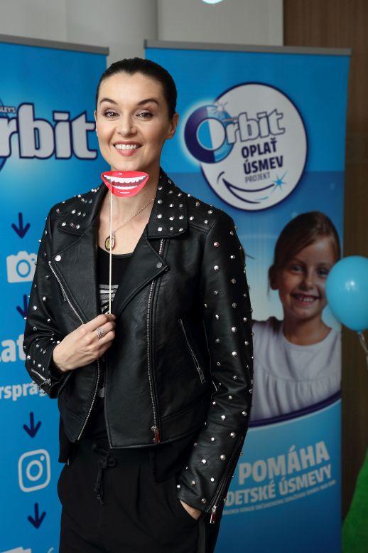 Kampaň Oplať úsměv - ambasadorka Iva Kubelková Foto: Orbit, oficiální zdroj