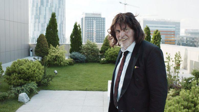 Peter Simonischek jeko Toni Erdmann ve stejnojmenném filmu Foto: Komplizen Film/Das Sommerkino, oficiální zdroj