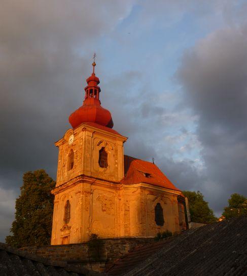 Kostel Narození Panny Marie v Poříčanech Foto: e-Newspeak