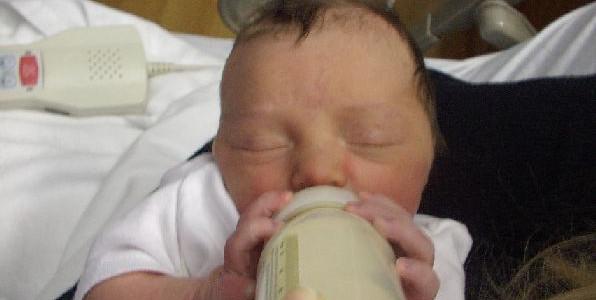 Pro kojence je mateřské mléko nebo jeho náhrada nezbytností Foto: Calliditas at English Wikipedia/Commons Wikimedia