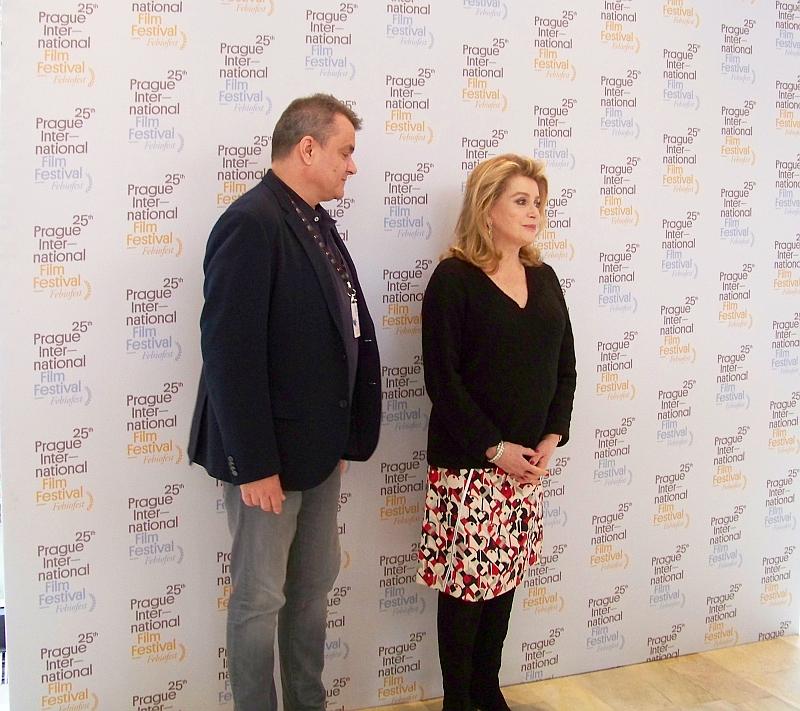 Kamil Spáčil, ředitel festivalu MFF Praha - Febiofest a hlavní host, francouzská star Catherine Deneuve Foto: e-Newspeak