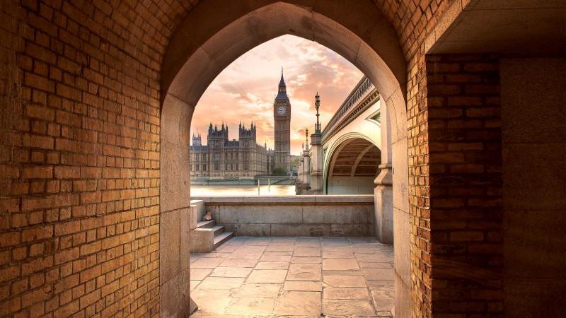Londýn - Big Ben (detail) Foto: Tomáš Sentpetery /Nikon, oficiální zdroj