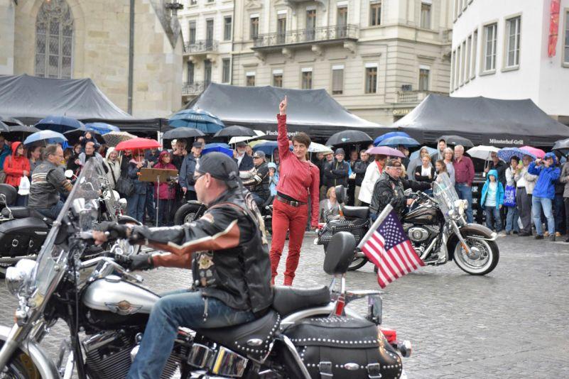 Harley Davidson Zürich a Steffi Weismann Foto: Ostravské centrum nové hudby, oficiální zdroj