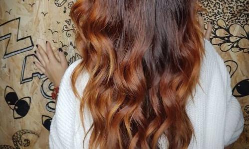 Vlasy barvené barvícími krémy na přírodní bázi Foto: NATULIQUE, oficiální zdroj